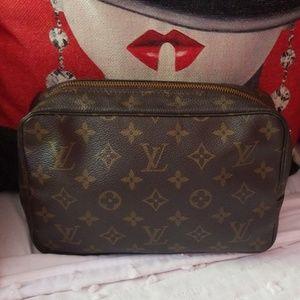 Authentic Louis Vuitton Trousse Toilette 23 bag
